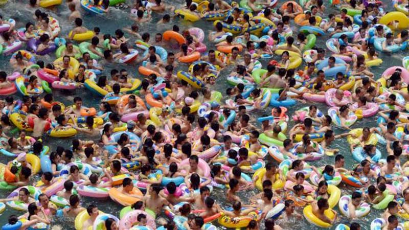 Insanely crowded Chinese water park